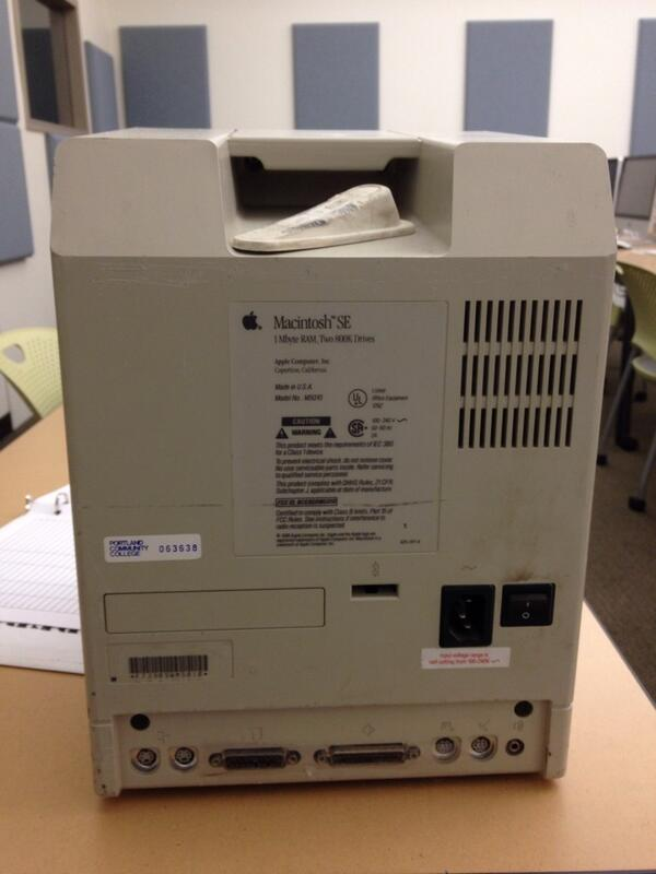 Tweet: Macs have longer functional lives. Take this MacSE…