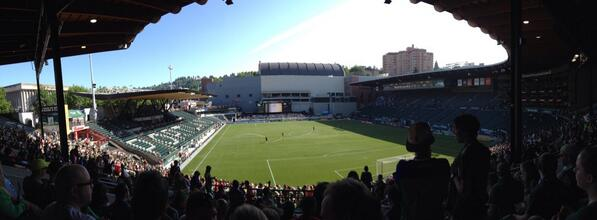 Tweet: Lovely day for a derby. #PORvVAN http://t.co/uOtQt…
